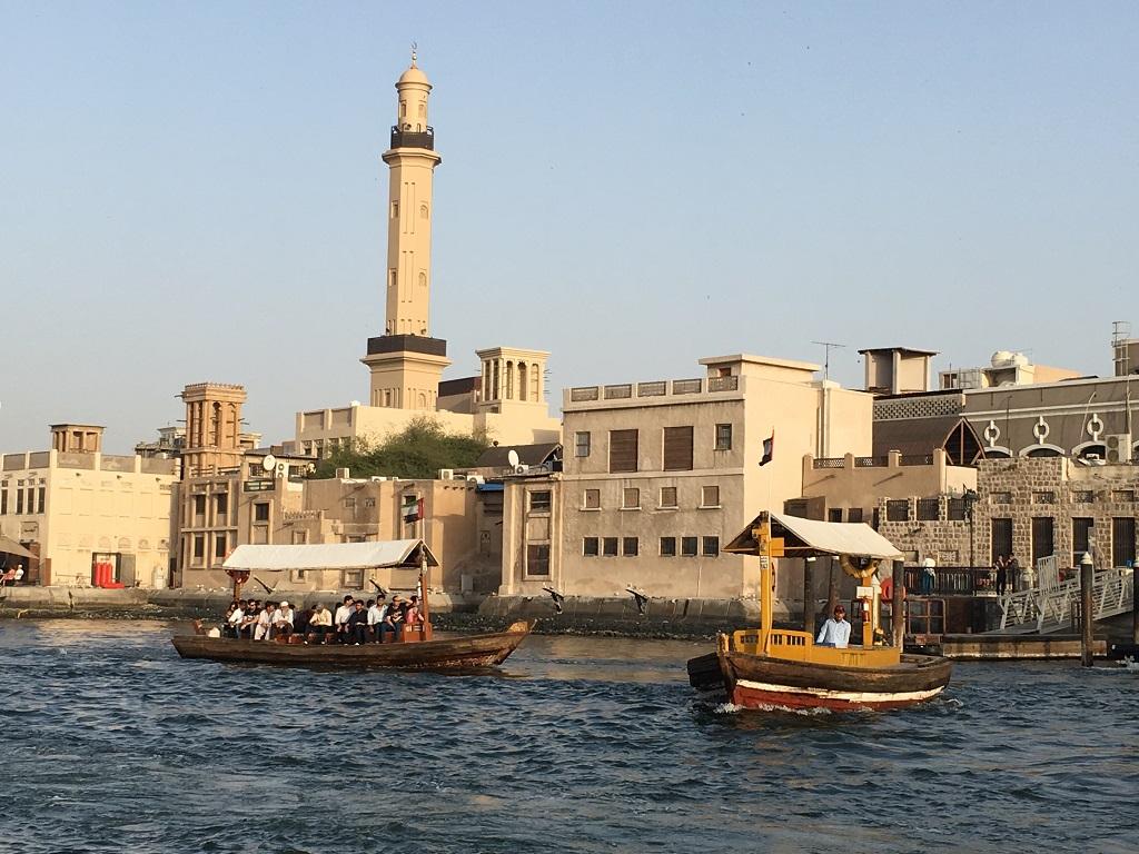 Croisieres En Abra Dans Le Vieux Dubai