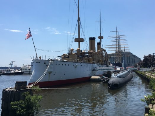 Philadelphia Seaport Museum - Deux navires très anciens
