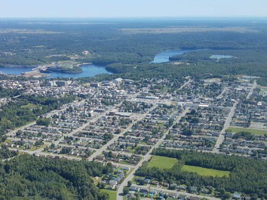 Survol de la ville de Grand Mère en hydravion - Québec