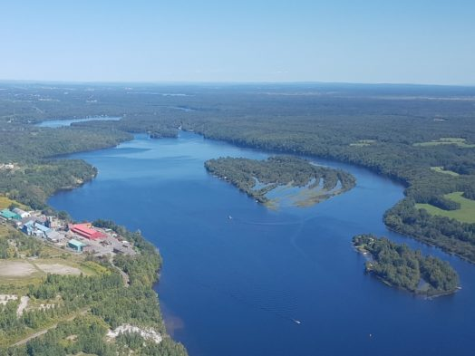 Survol des lacs du Québec - Vol en hydravion